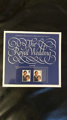The Royal Wedding 1981 Charles And Diana - Souvenir Booklet And Mint Gb Stamps