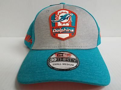 6bca152370adc5 Miami Dolphins Cap New Era 39Thirty Stretch On Field 2018 Road Sideline Hat