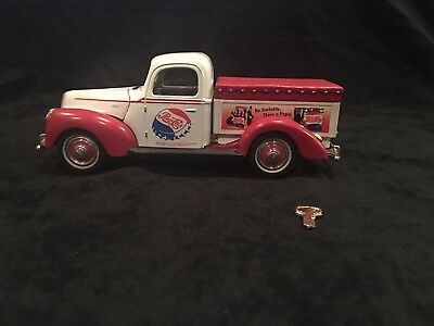 Collectible Pepsi Cola 1940 Ford Gift Bank With Key