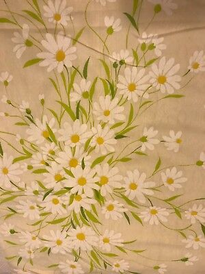 vintage pale peach flat double sheet with white daisies