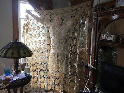 Vintage Hand Crochet Table Cloth Cover Or Bedcover Approx 7 1/2 FT X 8 FT