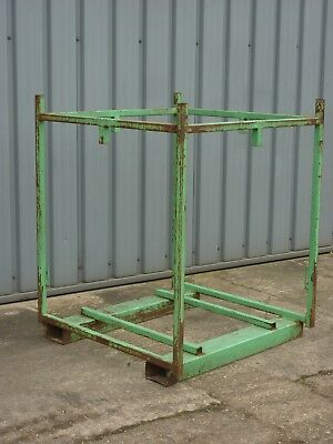Post Pallet, Stillage, Steel Pallet