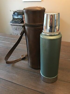 Vintage Aladdin Stanley A-944B Quart Thermos With Leather Case