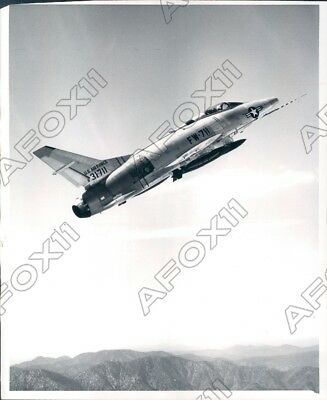1955 US Air Force Super Sabre F-100C Is A Fighter & Bomber Plane Press Photo