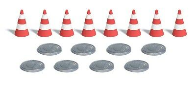 8 traffic cones and 8 manhole covers - OO/HO scenery Busch 7788