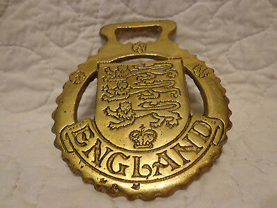 Brass Hanging Wall or Ribbon Decorative Ornament ENGLAND Crest USED