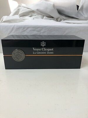 Veuve Clicquot La Grange Dame Box - Collectable