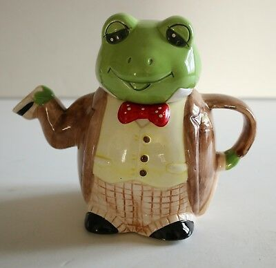 Vintage Novelty English Dressed Frog Teapot Retro