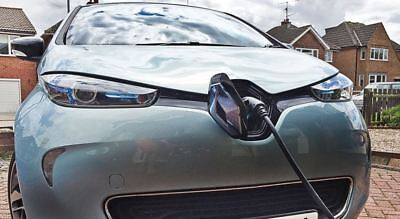 """Genuine Renault Zoe 3 pin """"Granny"""" Charging Cable EV home Charger  FREE POSTAGE"""