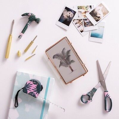 8 Outils Bricolage Tropical (NEUF) - Pretty Useful Tools
