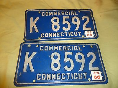 Vintage Connecticut Commercial Plate Set Of 2 With Tag Holder