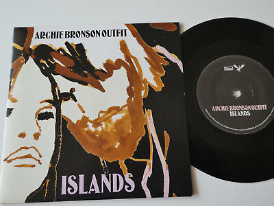 Arghie Bronson Outfit - Island 7""
