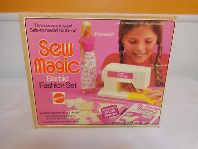 Vintage Barbie Sew Magic Fashion Set - Original Box w/Magic Scissors bonus piece