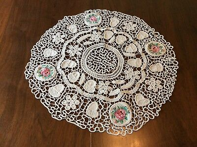 🌺Beautiful  Vintage Crochet and Hand Embroidered Pot Holder/ trivet /  doilies
