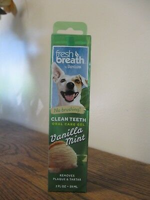 New! TropiClean Fresh Breath Clean Teeth/Oral Care Gel- Vanilla Mint 2oz