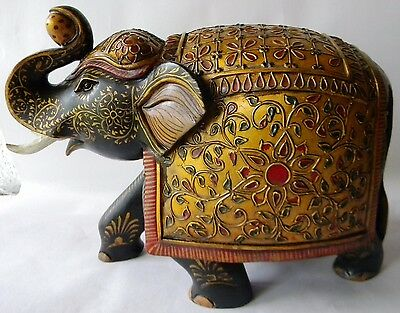 Rare Old Design Wooden Hand Made Elephant Fine Embossed Painting Decorative Art