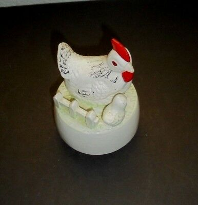 Vintage White Hen and Chick Music Box
