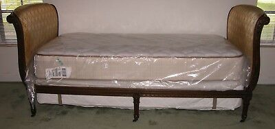 Vintage 1940's French Louis Xvi Style Daybed Carved Wood Frame