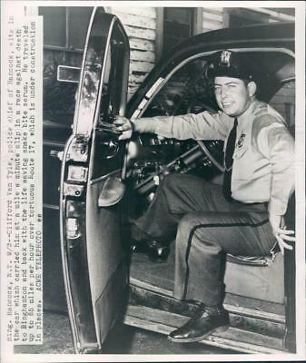 1947 Press Photo Hancock NY Police Chief Clifford Van Tyle - ner39477