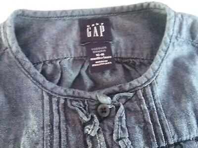 Ex con gap baby girl denim long sleeved blouse / shirt size 12 to 18mths
