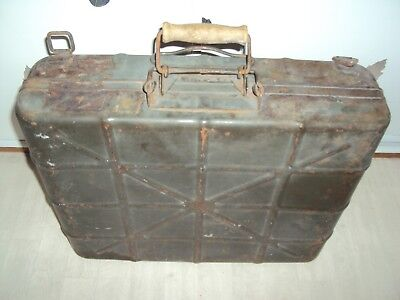 CAISSE a MUNITIONS METALLIQUE ALLEMANDE  WW2  estampillée WEHRMACHT 1940