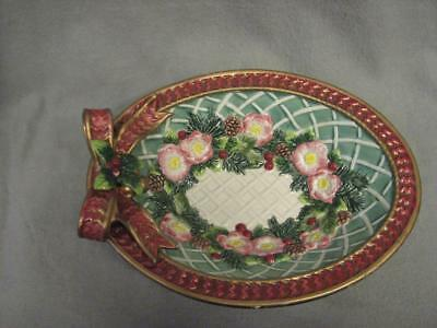 Fitz and Floyd Classics CHRISTMAS WREATH Oval Bowl with Ribbons Holly 11 inches