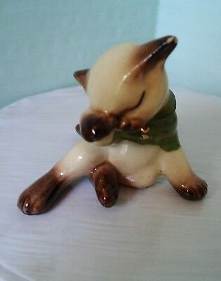 Hagen Renaker Cat-Kitten/Lost Mittens GOLD BUTTONS Miniature Porcelain Animal