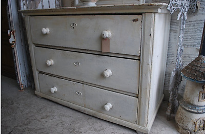 Hungarian Chest of drawers