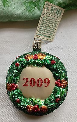 """Merck Family's Old World Christmas Glass Ornament """"2009 Holiday Wreath"""" #36112"""