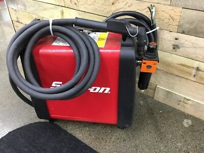 Snap-On 30I Plasma Cutter, Invertor-style Plasma Arc Power, 25 amps. Nice