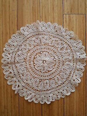 Beautiful VINTAGE handmade/lace round doily