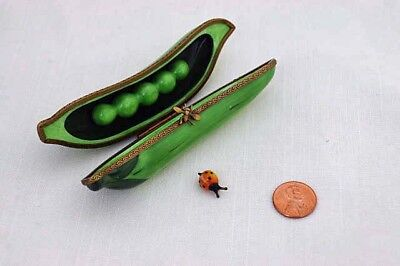 Limoges France Dubarry Peint Mein Trinket Snuff Pill Box Peapod Peas Bee Ladybug