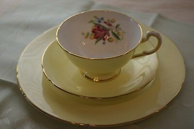 """Bone China Paragon Trio,Yellow w/Lily Flower Cup,Saucer,8""""Plate,Gold TrimEngland"""