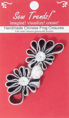 "Frogs Button Closures-Black/White-3.5""x1""-Flower Design - 1 Pair/pk - #FG4690"