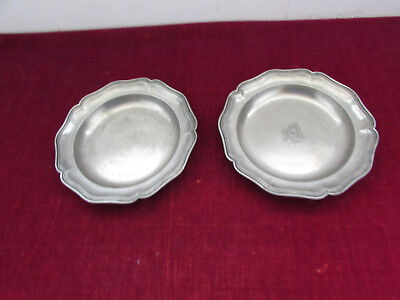 set of 2 plates antique pewter coat of arms