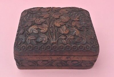 Vintage Hand Carved Wooden Box Casket Jewellery Box - Ornate Foliage Design