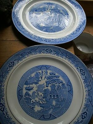 """2 Antique BLUE WILLOW  9 1/4  """"  DINNER Plates  Royal Grafton China ENGLAND"""