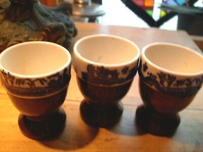 VINTAGE 3 Blue Willow China Egg Cups With Wooden Base