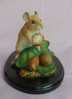 Country Artists  Mouse Collecting Acorns 03167 Signed 2003 Hand Painted