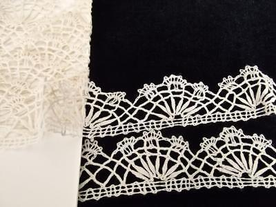 """Vintage 60"""" Hand Made Brussels Lace Scalloped Off-White Cotton Trim 1.5yds 1""""W"""
