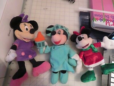 3 small Minnie Mouse plush