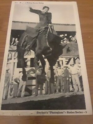 Vintage B&W Rodeo Cowgirl Horse Postcard Doris Haynes Riding Brown Derby Bronc