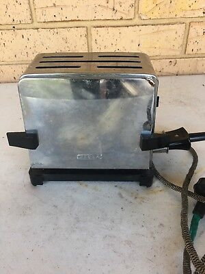 VINTAGE **HECLA** FLIP DOWN TOASTER With electric cord. Working!!