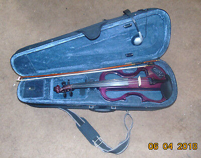Electric Violin bow and case and head phones Silenzia by Carlo Giordino