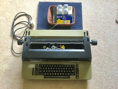 Reming Rand Golfball Typewriter