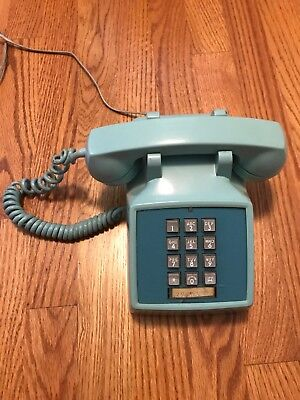 VINTAGE Bell Systems Western Electric Touch Tone Desk Phone Aqua Blue