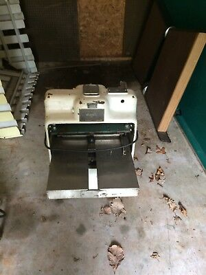 (Must Sell ) Bread slicer Oliver (Working)