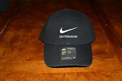 big sale d3a39 6f237 NEW NIKE SB Skateboarding H86 Twill Cap Hat Strapback Black 828635-010