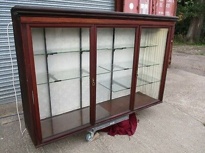 A Late 19th / Early 20th Century Mahogany Large Shop Display Cabinet Glazed Unit