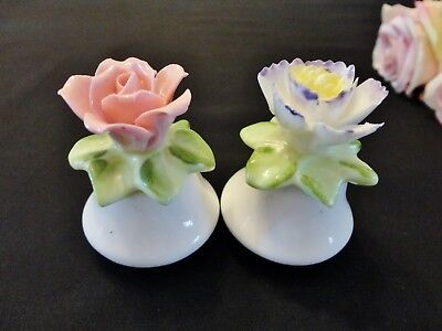 Vintage Style Flower Salt & Pepper Shakers